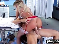 Big-chested Cougar nurse help to his coworker with a nervousness