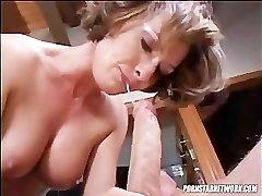 Saskia Deepthroats A Hard Cock