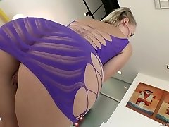 Torrid auburn nympho Natasha Blu sucks muddy cock and gets lubed ass torn up