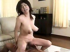 Wife with big saggy boobs hairy honeypot