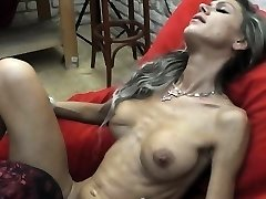 Skinny MILF lapdances, gives BJ and tears up in few positions