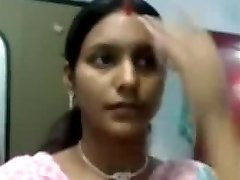 Glorious Notrth indian aunty boobs