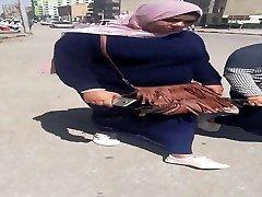 two hijab femmes - Bnat Sharmouta
