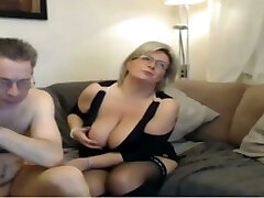 Mature mom have a webcam sex with massive perfect tits