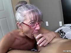 Mature with tiny boobies receives facial
