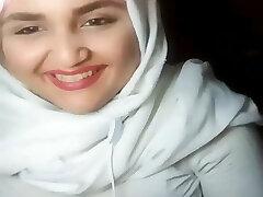 hijab livestream