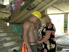 Large granny gives head and titjob to  construction worker