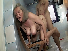 Shameless sex with grannie in the bathroom