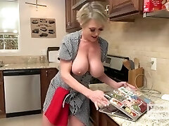 Whorey Housewife Gets Fucked Up The Ass by Random Dude She Met Online