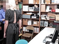 Angry platinum-blonde teen makes a big problem in the store