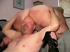 Mature BBW Getting Her Thick Cunt Munched