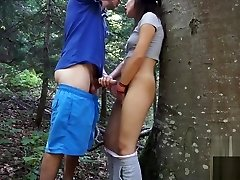 Amateur couple have fun in nature -picknik sex tape