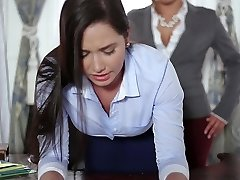 TeenCurves - Keisha Grey Pulverizes Submissive Assistant Karlee Grey
