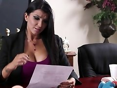Romi Rain Office Smash