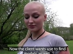 glamour model penetrates for money