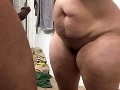 Super thick cougar sucking cock