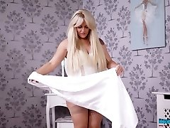Obese ash-blonde Lizzie takes off clothes and dances