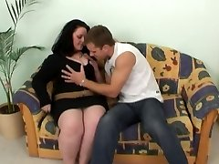 Brunette BBW-Girl porked hard