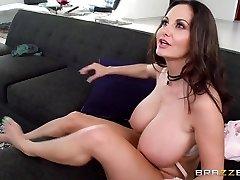 Ava Addams & Xander Corvus in Mom Hands Off My Beau - Brazzers