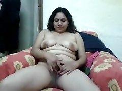 Handsome Gf Nude Show And Masturbate Capture