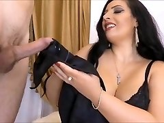 Domme Ezada, Slave Gift (Recolored)