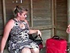 BBW Mere de famille francaise prise en double foray pour son casting porno