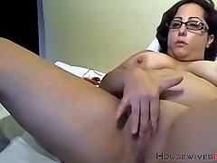 Booty grandma bbc lover with sexy glasses masturbates