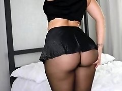 Big Backside in Stockings 1