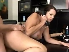 Doctor hotwife on her husband pulverize with her patient
