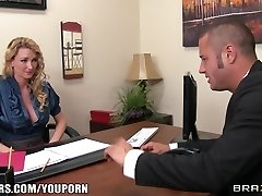 Busty platinum-blonde manager begs her employee to fuck her hard in the bootie