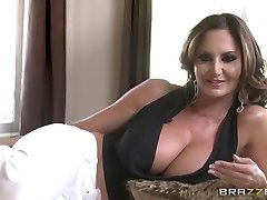 Brazzers House: Behind the Vignettes