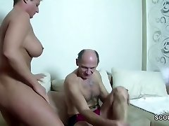 Opa Wilhelm fickt seine Schwieger-Tochter durch