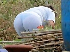 Spying Mummy Butt - Chubby Plumper Granny - Mature Ass Booty