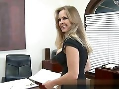 Big bootie wife cum in mouth