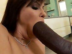 Super-cute pussy bondage orgasm