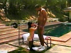 Hot midget bangs a xxl rock hard cock
