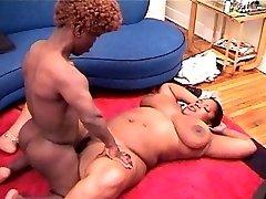 Midget fucking enormous ebony girl