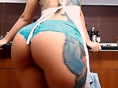 Monstrous Arse Busty Tattooed Teen! Masturbs Herself in Kitchen!
