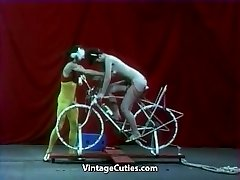 Gorgeous Doll is Riding a Sex-bike