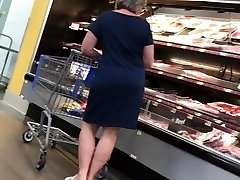 Cock tease Phat Ass White Girl Grandma has dirty feet