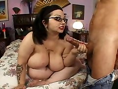 Nerdy Four Witnessed Big Melon Hairy BBW Goth Rozzlynn