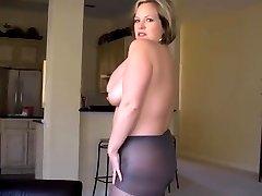 Annabelle stripping