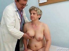 Mature fat pussy Ruzena gyno butt-plug bizzare medical center exam