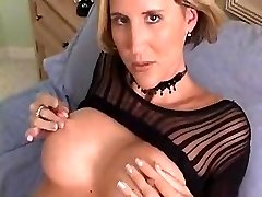 Sizzling HOUSEWIFE WITH GREAT ASS FINGERS HER PUSSY TILL Ejaculations