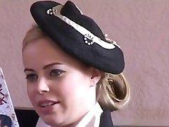 Stewardesa Z Pięknymi Cyckami