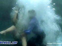 Underwater Dare ya Drop-In