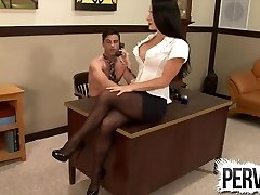 Lance Hart gets pegged rock-hard CFNM Female Dom PEGGING