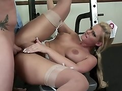 Busty nurse crazy on doctors