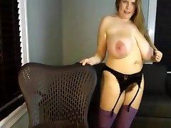 A Primer - Mature mom saggy big giant all-natural tits masturbate