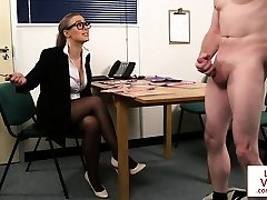 English spex voyeur instructs jerkoff action